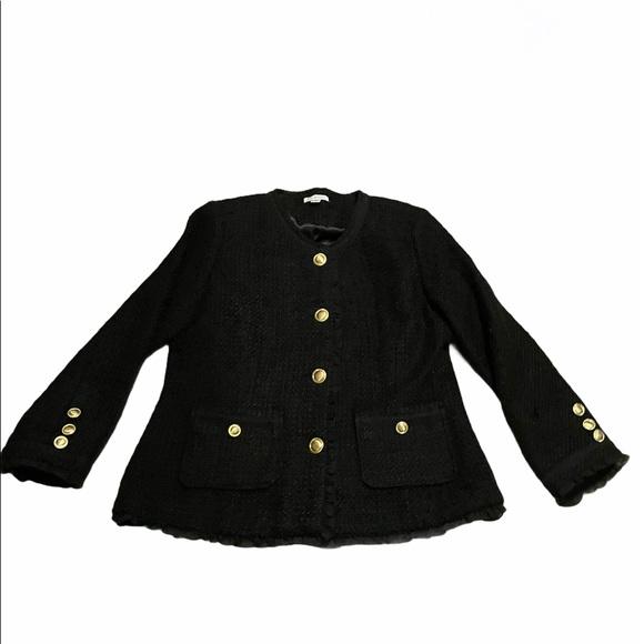 Tweed ruffle black and gold blazer